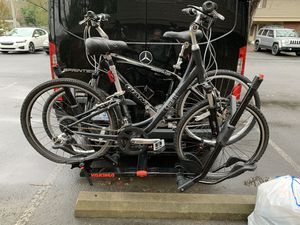 Two bikes and a Yakima bike rack for Sale in Miami, FL