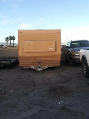 22 ft fleetwood travel trailer camper sleeps 6 for Sale in Las Vegas, NV