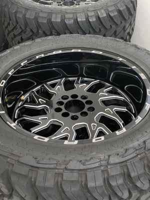 TIS Wheels with Toyo Tires for jeeps for Sale in Coral Gables, FL