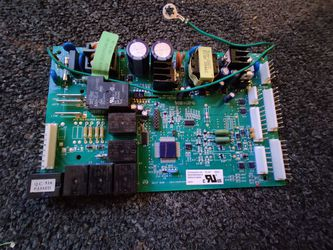 GE Refrigerator Main Electronic Control Board - Part # WR55X10656, 200D4850G014 for Sale in Jacksonville Beach,  FL