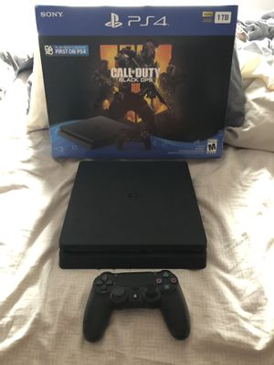 PS4 Slim 1tb 1 wireless controller digital games all cords for Sale in Cape Coral, FL
