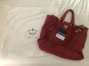 Luxury P r a da Vit. Daino Handbag for Sale in Athol, ID