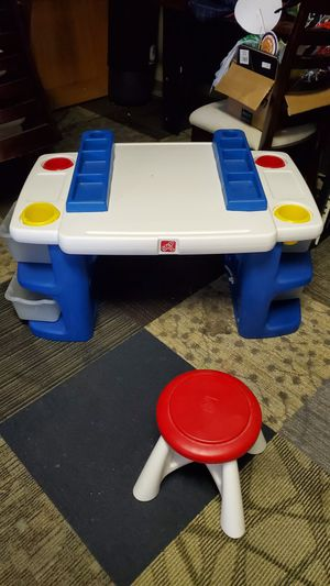 Toy Desk For Kids with Organizers for Sale in Pembroke Pines, FL