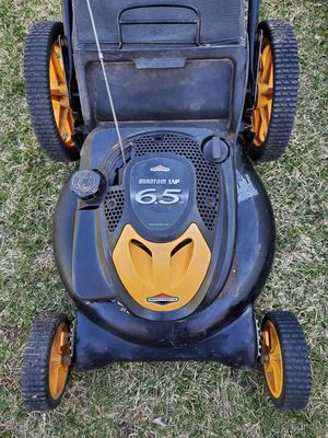 6.5hp/21 poulan pro lawnmower with bagger for Sale in Woonsocket, RI