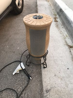 Lasko Heater with Oscillating Technology for Sale in Spring Valley, CA