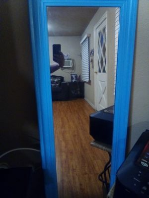Wall Mirror for Sale in Bell Gardens, CA
