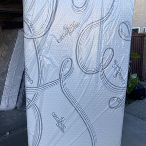 Mattress ( Twin Size ) for Sale in Hacienda Heights, CA