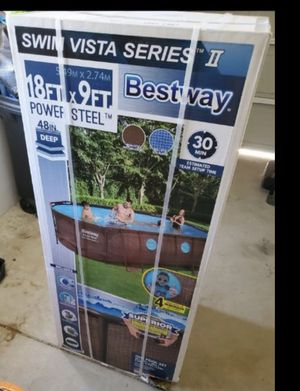 New family size pool oval 18x9x48 for Sale in Madera, CA