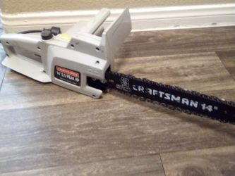 Craftsman 14 Inch 2.5 Peak HP Electric Chainsaw for Sale in Las Vegas,  NV