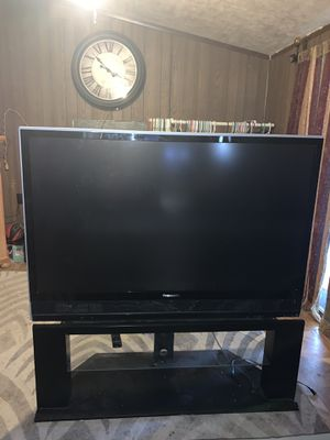 Panasonic tv around 50 inches. Needs a lamp replacement for about $30. for Sale in Selma, CA