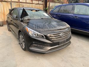17 Hyundai Sonata 2.4L FOR PARTS for Sale in Los Angeles, CA
