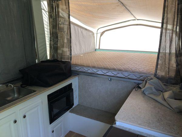 2005 Starcraft Centennial 3610 Tent Trailer
