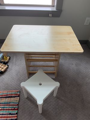 Nice wood kids desk and chair for Sale in Sandy Springs, GA