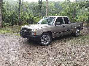 2003 Chevy Silverado 1500 171k miles for Sale in Columbus, OH