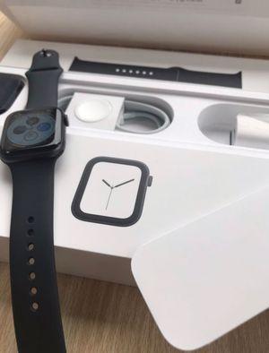 Apple Watch Series 4 44m Sale for Sale in Los Angeles, CA