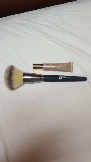 Tarte-liquid highlighter, it cosmetics-brush for Sale in Denver, CO