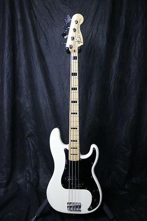 Brand New Japanese Fender P bass for Sale in San Bernardino, CA