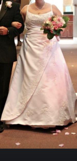 Wedding dress for Sale in El Mirage, AZ