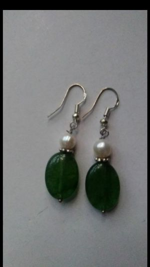 "Green jade natural pearl silver 925 dangle earings 2"" for Sale in El Sobrante, CA"