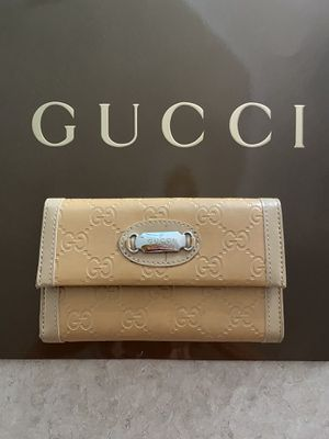 Ladies Gucci wallet for Sale in Port Richey, FL