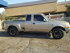 2001 ford ranger 5 speed very nice truck everything works for Sale in Tulsa, OK