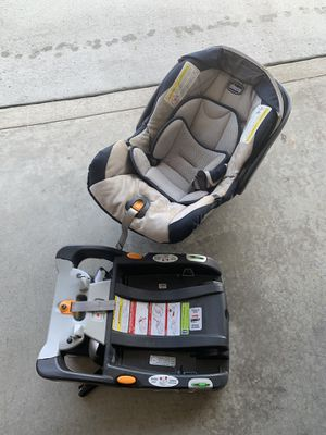 Chicco car seat with base for Sale in Perrysburg, OH