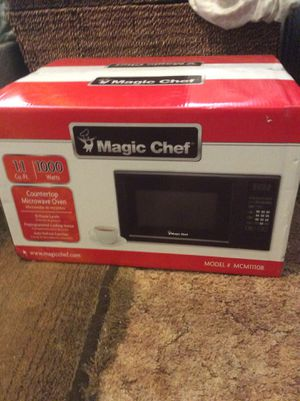 Magic Chef microwave for Sale in Grover Beach, CA