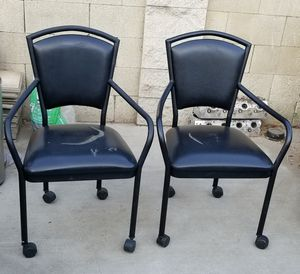 Set of two black chairs. for Sale in Stockton, CA