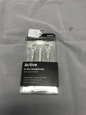 Samsung Headphones, brand new in box. for Sale in Pompano Beach, FL