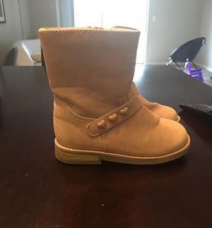 Beautiful boots for girls (size:7) for Sale in Jacksonville, FL