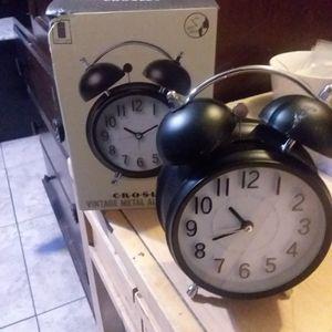 Crosley alarm clock for Sale in Las Vegas, NV