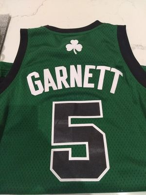 Kevin Garnett Jersey Boston Celtics Mens Small for Sale in Miami, FL