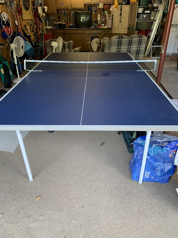 Harvard indoor outdoor ping pong table with paddles nets balls