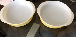 2 PYREX cake pans for Sale in Anaheim, CA