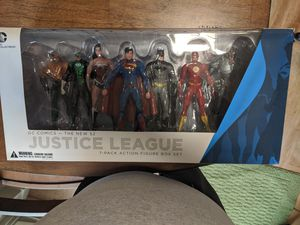 Justice league box set - 7 pack for Sale in Portland, OR