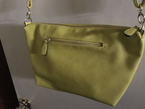Crossbody Purse, Faux Material. Popular 2020 Spring Color-$20 Cash. Pick-up Only in Clovis, No Delivery! for Sale in Fresno, CA