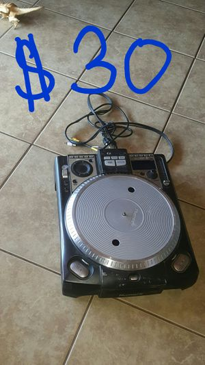 Numark CDX mixer for Sale in Riverside, CA