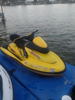 Twin Jet Skiis for Sale in Mesquite,  TX