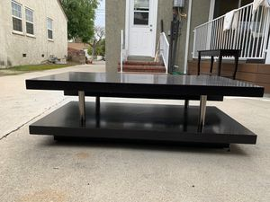 Black Wood Coffee Table for Sale in Los Angeles, CA