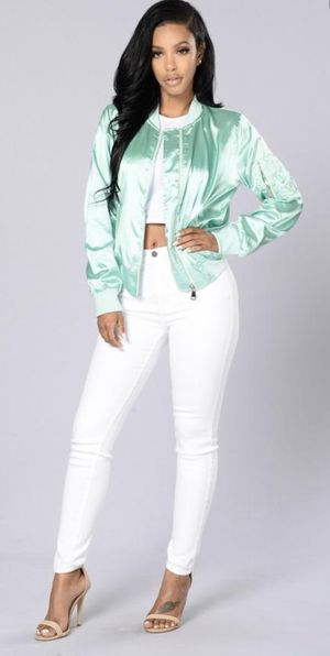 Fashion nova satin jacket for Sale in Hemet, CA