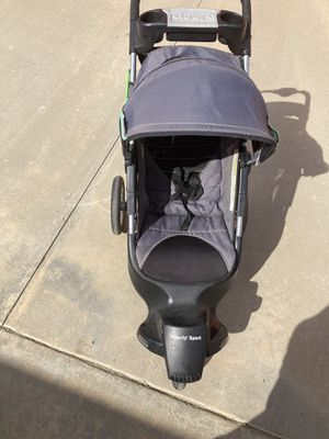 BABY STROLER for Sale in Nuevo, CA