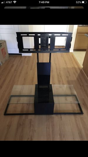Entertainment center TV mount 32- 60 inch tv come with bottom glass black color for Sale in Los Angeles, CA