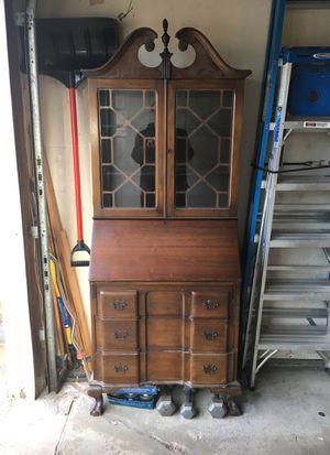 Secretary Desk $75.00 for Sale in UPPER ARLNGTN, OH