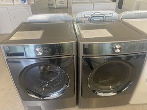Kenmore elites washer and gas dryer set for Sale in Fresno, CA