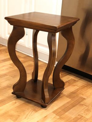 End table Side table for Sale in Irvine, CA