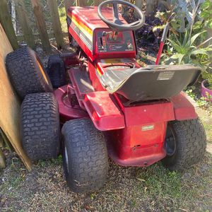 Lawn Tractor for Sale in New Port Richey, FL