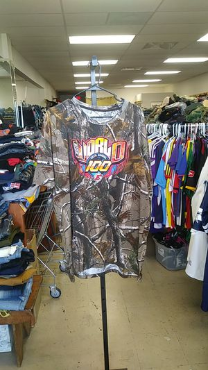 Camoflauge T - shirt $10🔥Sz 3XL Zera Outlet 5303 E Colonial Dr suite g, Orlando, FL 32807 for Sale in Orlando, FL