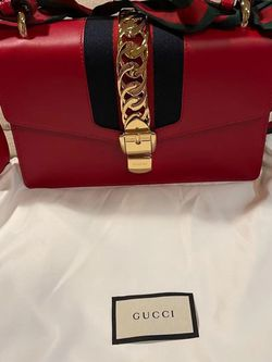 Gucci Leather Sylvie Small Shoulder Bag - Hibiscus Red for Sale in Issaquah,  WA