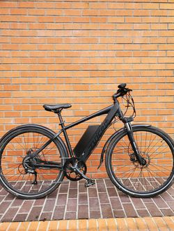 Juiced Cross Current 48V E BIKE *Needs Work* for Sale in Seattle,  WA