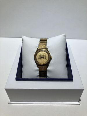 Gold Watch for Sale in Orlando, FL